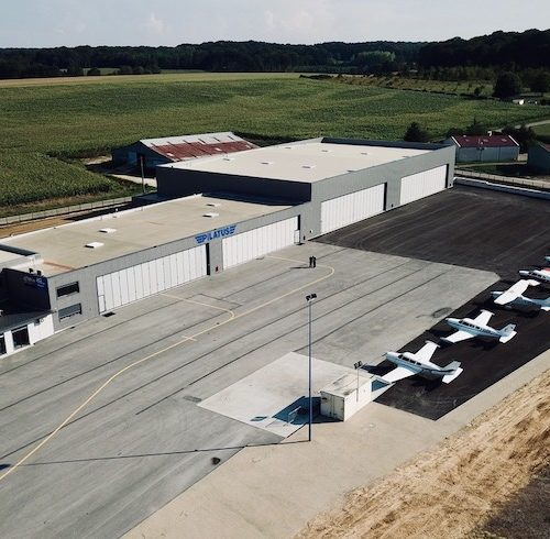 JG Aviation, entreprise aéronautique grayloise, inaugure un nouvel hangar et une nouvelle piste