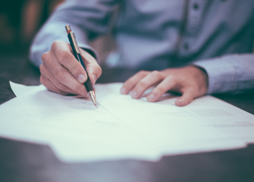 Conventions signées – Villages by CA et Réseaux Entreprendre